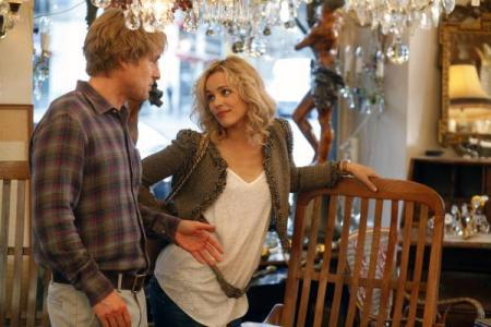 Midnight in Paris movie review