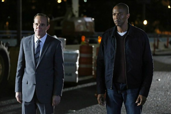 How did Agents of SHIELD's Coulson survive death?