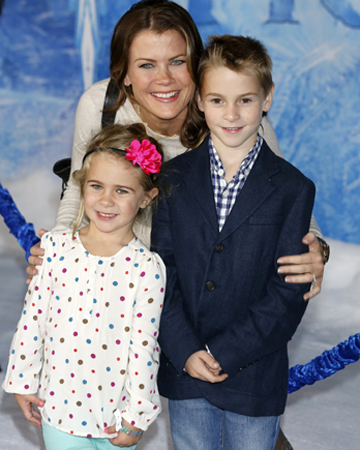 Alison Sweeney and her kids