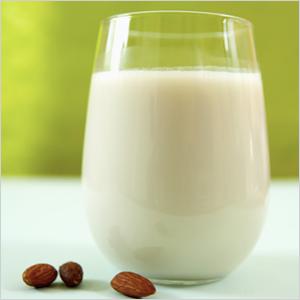 Almond Milk | Sheknows.com