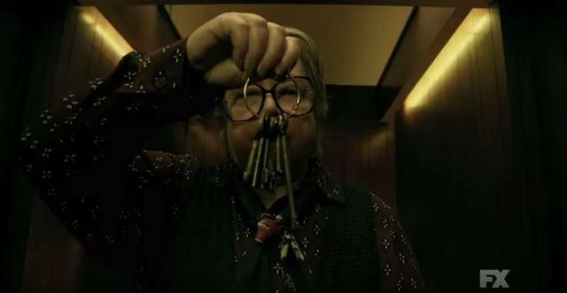 American Horror Story: Hotel trailer - Kathy Bates