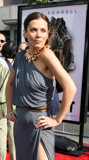 Anna Friel at the Land of the Lost premiere