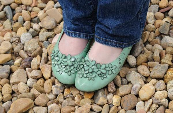 Cheap and stylish flats for moms
