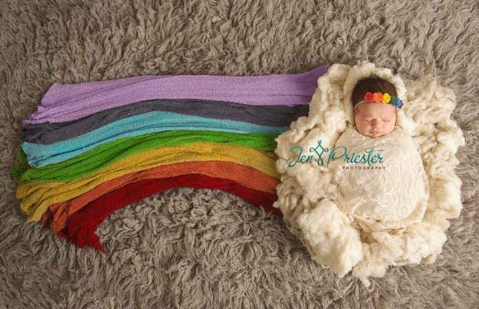 'Rainbow baby' photo captures beauty after