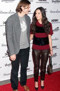 Demi moore and ashton kutcher age gap