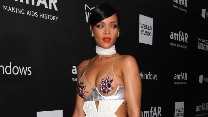 Rihanna and her nipples have debuted