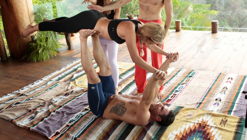 Bachelor in Paradise's Mikey and Clare yoga date