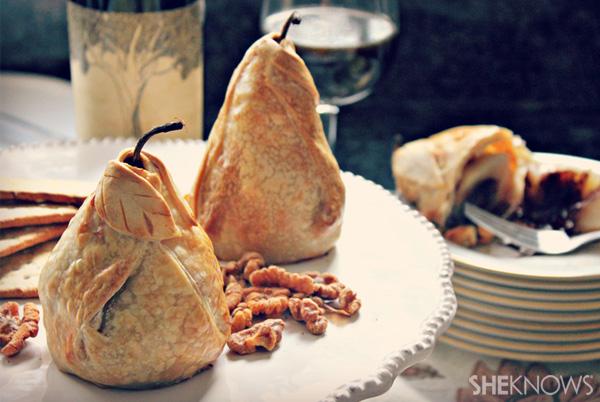 Stuffed and baked pear dumplings