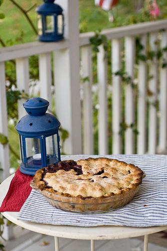 Blueberry corn pie
