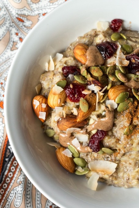 5-Minute Oatmeal Power Bowl