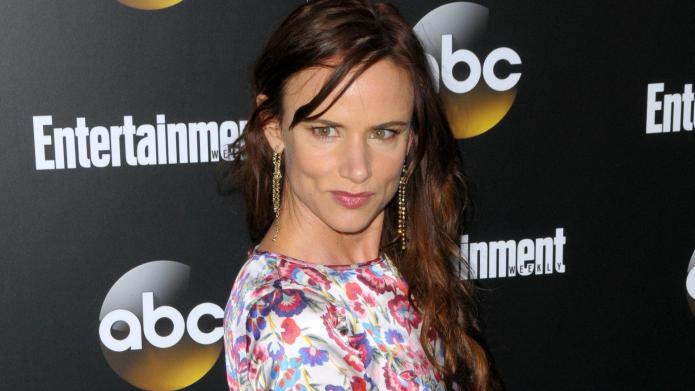 Molly Ringwald, Juliette Lewis join Jem