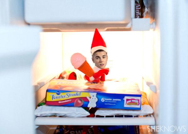 Justin Bieber Elf on the Shelf meme