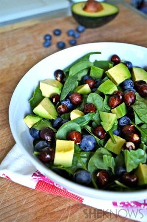 Blueberry, Hazelnut & Spinach Salad