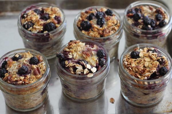 blueberry pecan cobbler