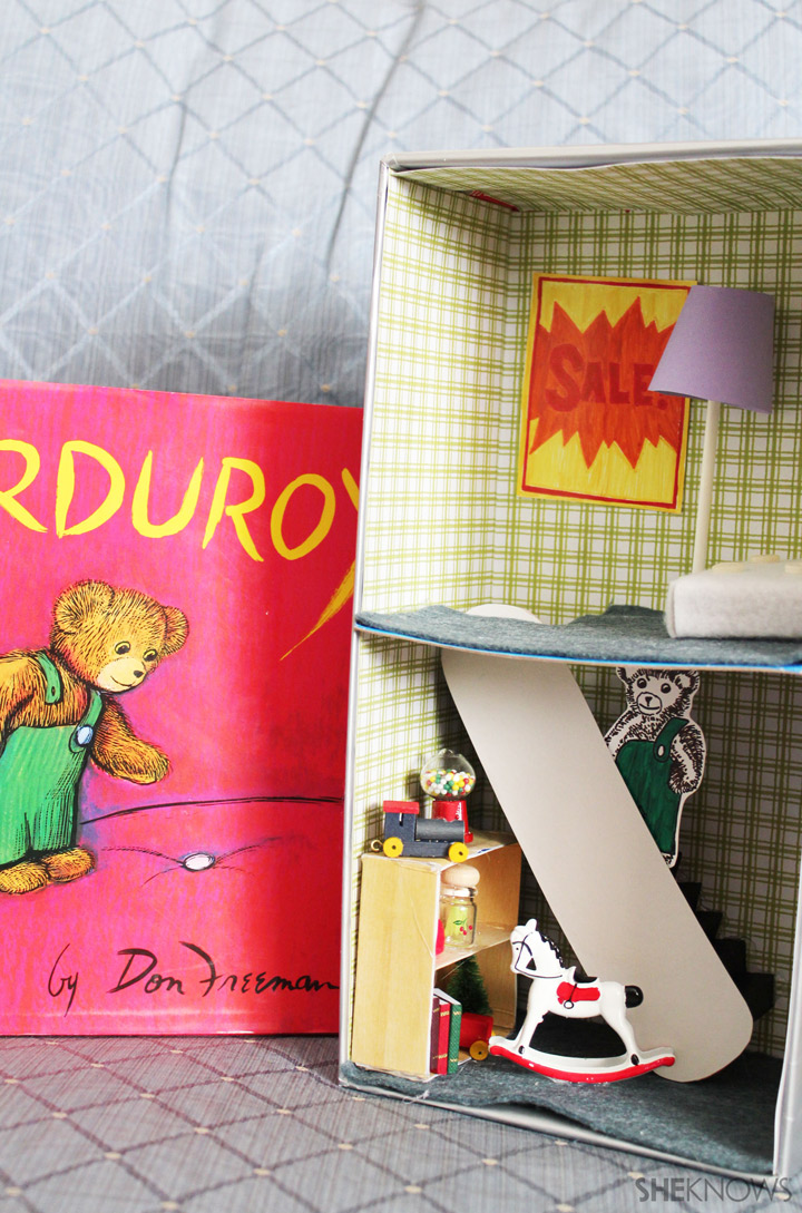 Make a diorama based on the book Corduroy