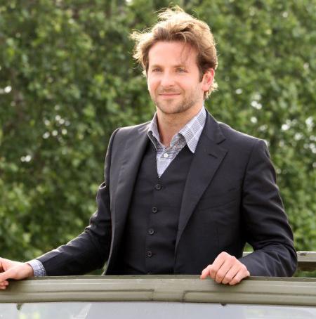 Bradley Cooper: Man Candy Monday celebrity hottie