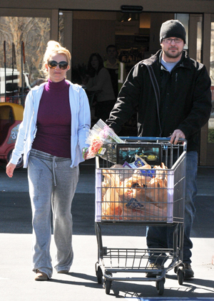 Britney Spears leaving grocery store