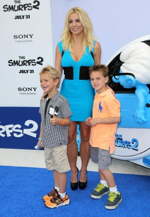 Britney Spears wants son Sean Preston to perform with her in Vegas