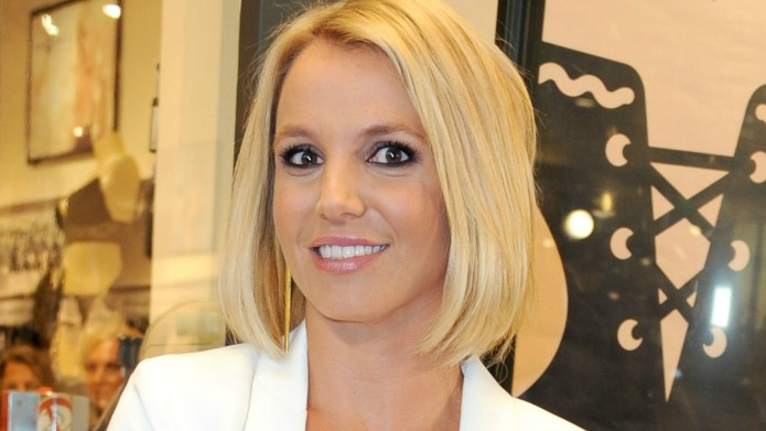 Britney Spears slapped with nose job