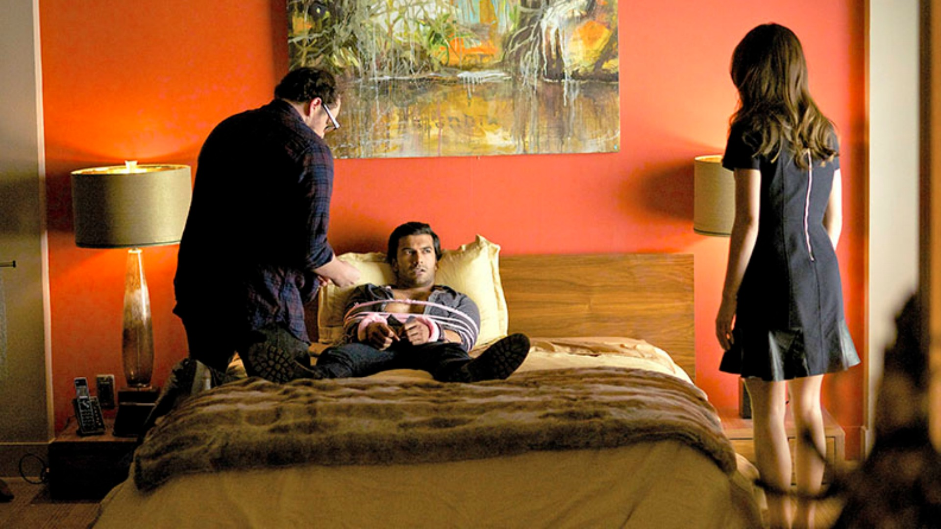 """Beauty and the Beast -- """"Operation Fake Date"""" -- Image BB221a_0240 – Pictured (L-R): Austin Basis as JT, Sendhil Ramamurthy as Gabe and Kristin Kreuk as Catherine - Photo: Sven Frenzel/The CW -- © 2014 The CW Network, LLC. All rights reserved."""