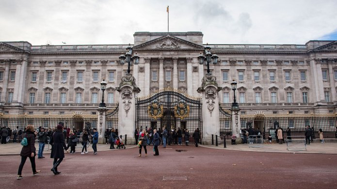 How Buckingham Palace Is Decorated for