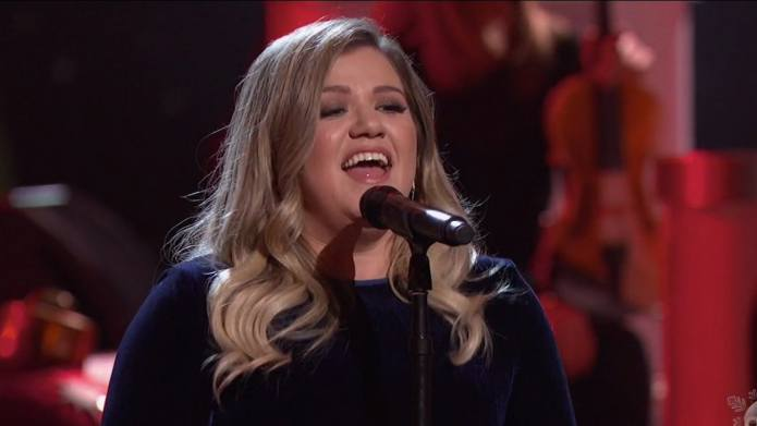 Kelly Clarkson Is Filling One of