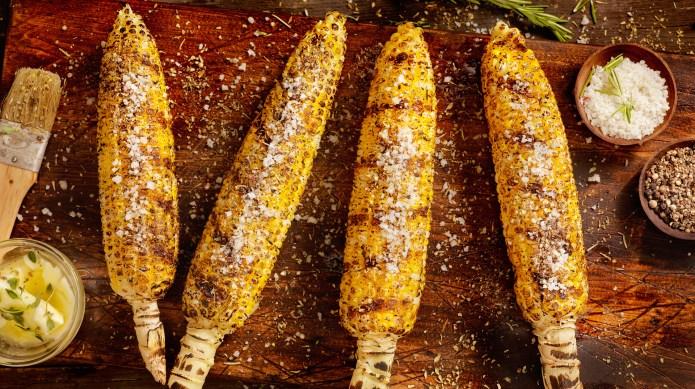 Hassle-free corn on the cob tricks