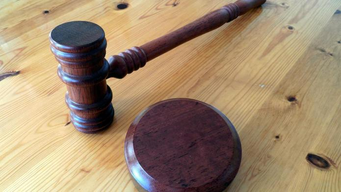 Court sides with dad to circumcise