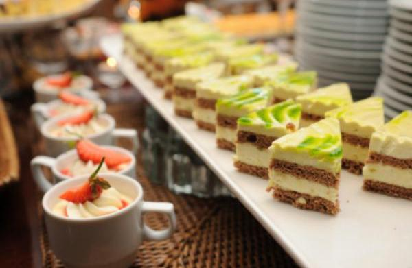 5 Wedding food trends for 2011