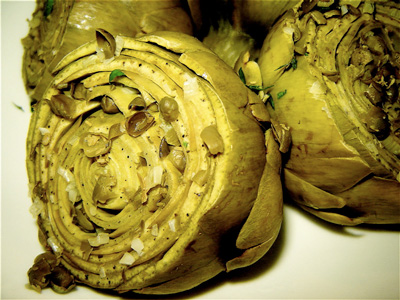 Artichokes stuffed with garlic and capers recipe