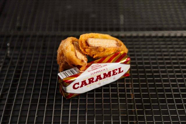 Deep-fried caramel wafer