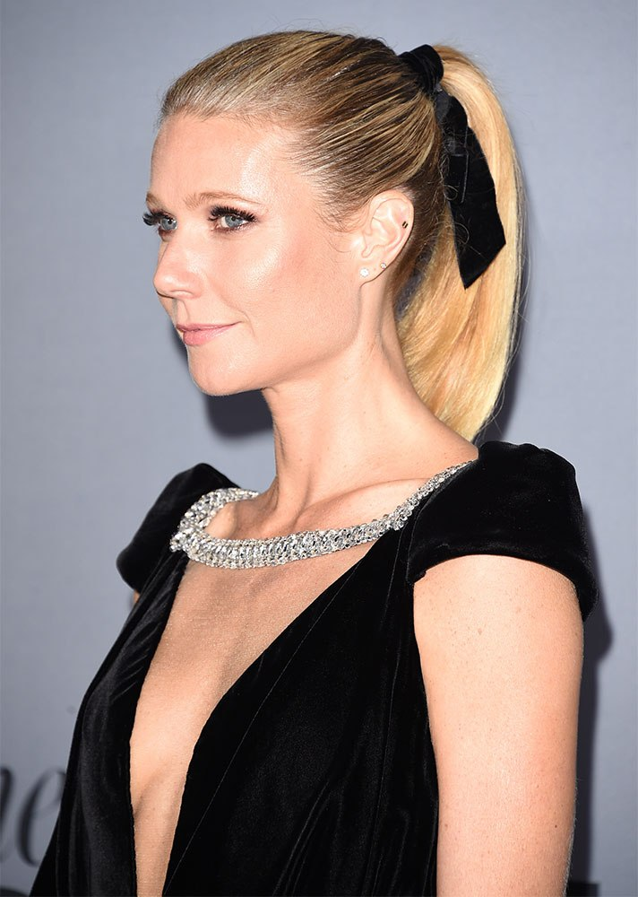 Celebs in Hair Ribbons: Gwenth Paltrow
