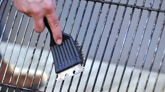 Why that trusty wire barbecue brush