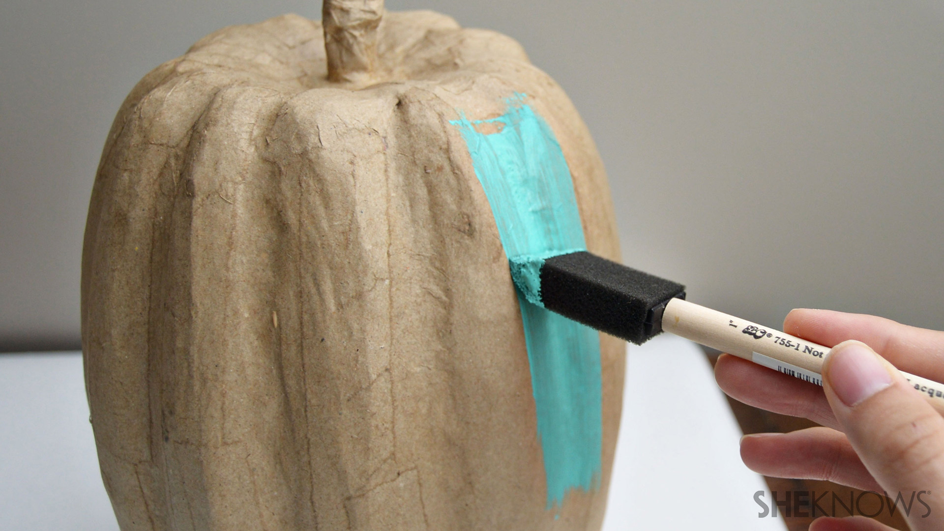 Chalkboard pumpkin   Sheknows.com - step 2