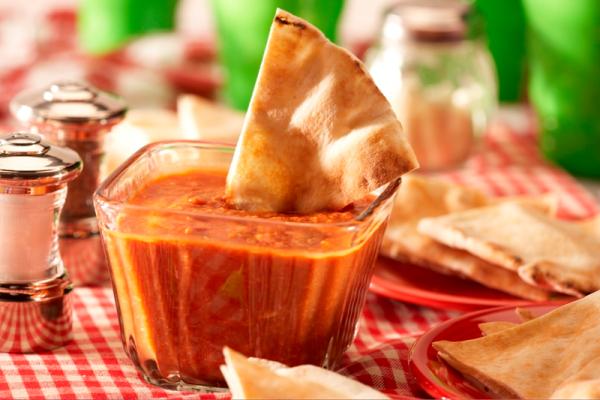 Cheesy pizza fondue