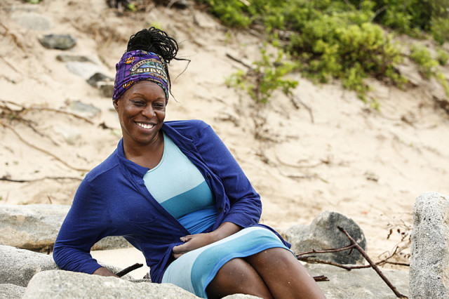Ciandre Taylor at Gen-X beach on Survivor: Millennials Vs. Gen-X