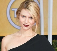 Claire Danes plays strong female, Carrie
