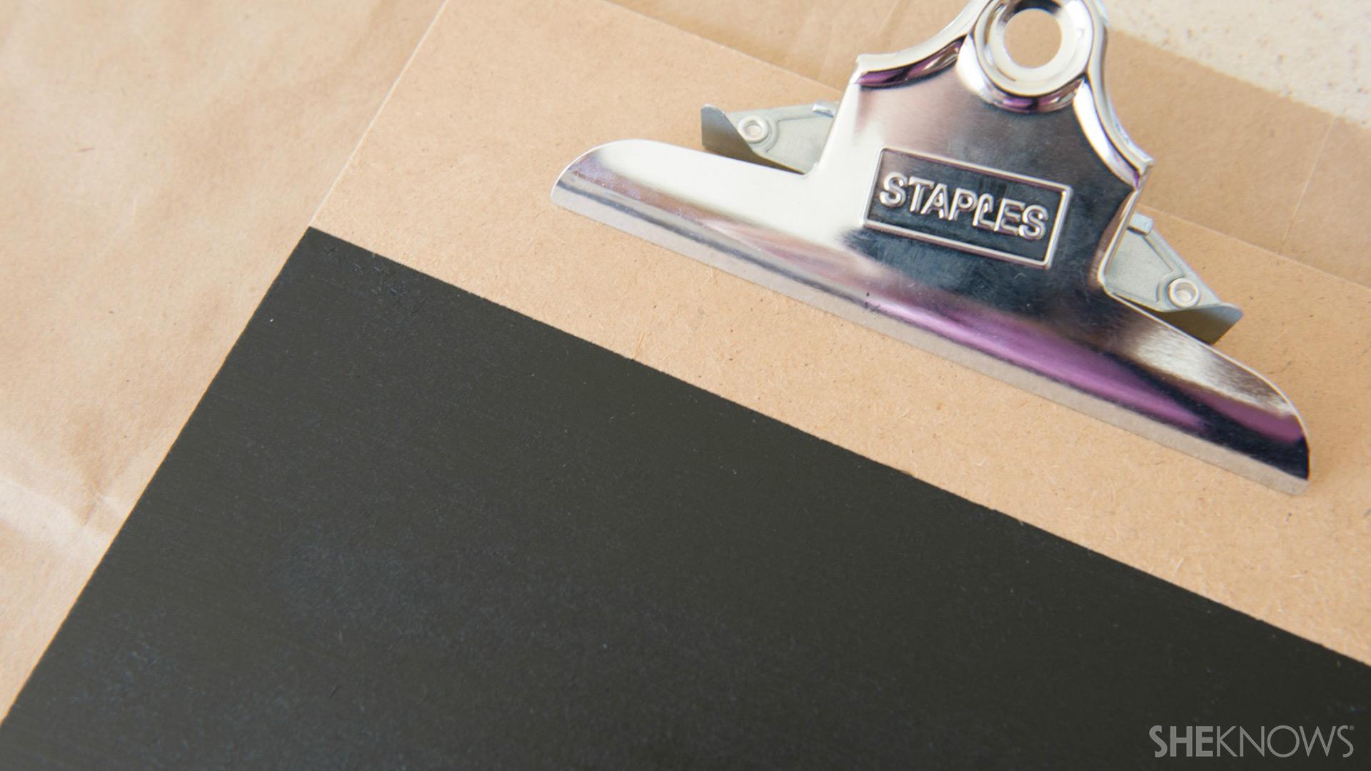 Clipboard | Sheknows.com - remove tape
