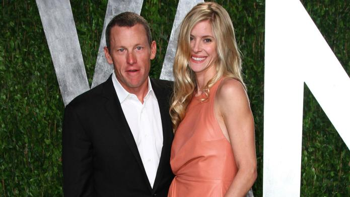 Lance Armstrong lets his girlfriend take