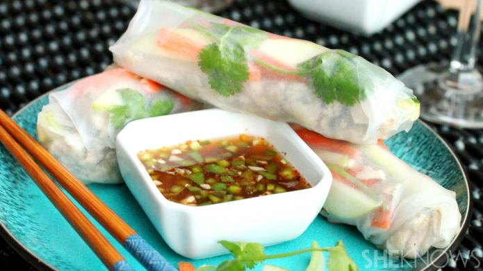 Make Thai summer rolls with your