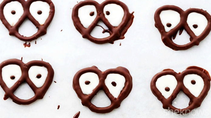 Halloween chocolate-covered pretzels with spooky eyes