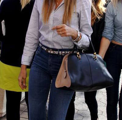 Copy her mom style: Jessica Alba's