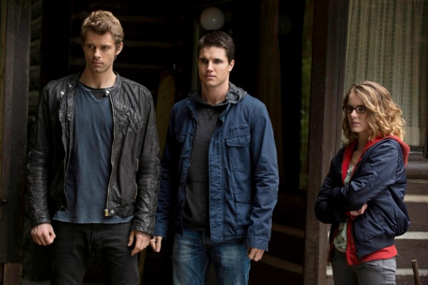 CW moves The Tomorrow People to make way for The 100