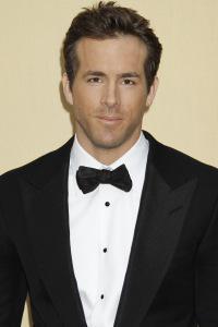 Sexiest Man Alive 2010 Ryan Reynolds: