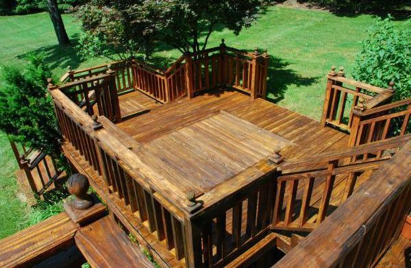 Top tips on garden decking