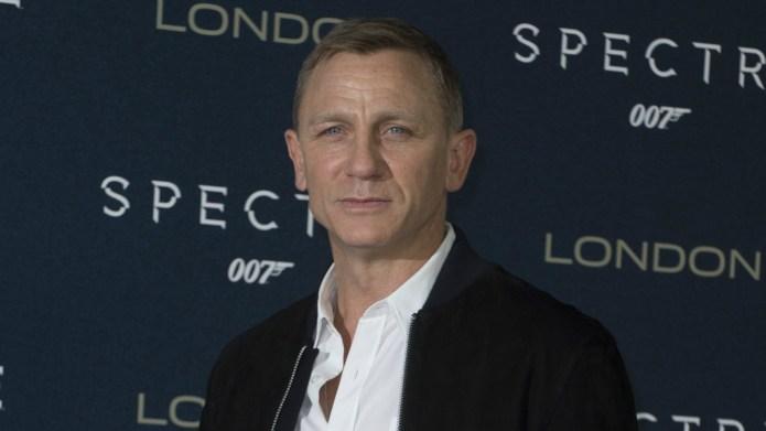 Daniel Craig shuts down reporter in