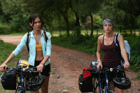 Odette Yustman and Amber Heard in As Soon the Darkness