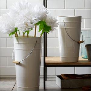 Ceramic bucket vases