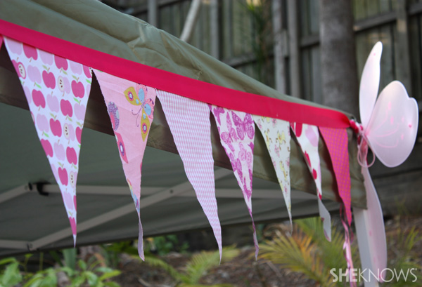 DIY butterfly bunting