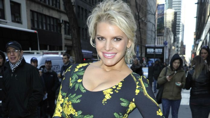 Jessica Simpson body-shamed with horrible comments
